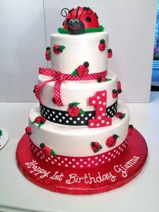 Ladybug Birthday Cakes | Hands On Design Cakes on baby ladybug cake, diy ladybug cake, christmas ladybug cake, green ladybug cake,