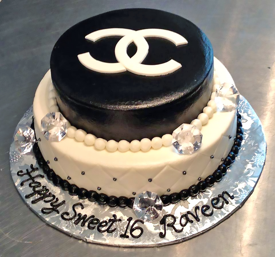 16th-birthday-2tier-cake-chanel-girls-618