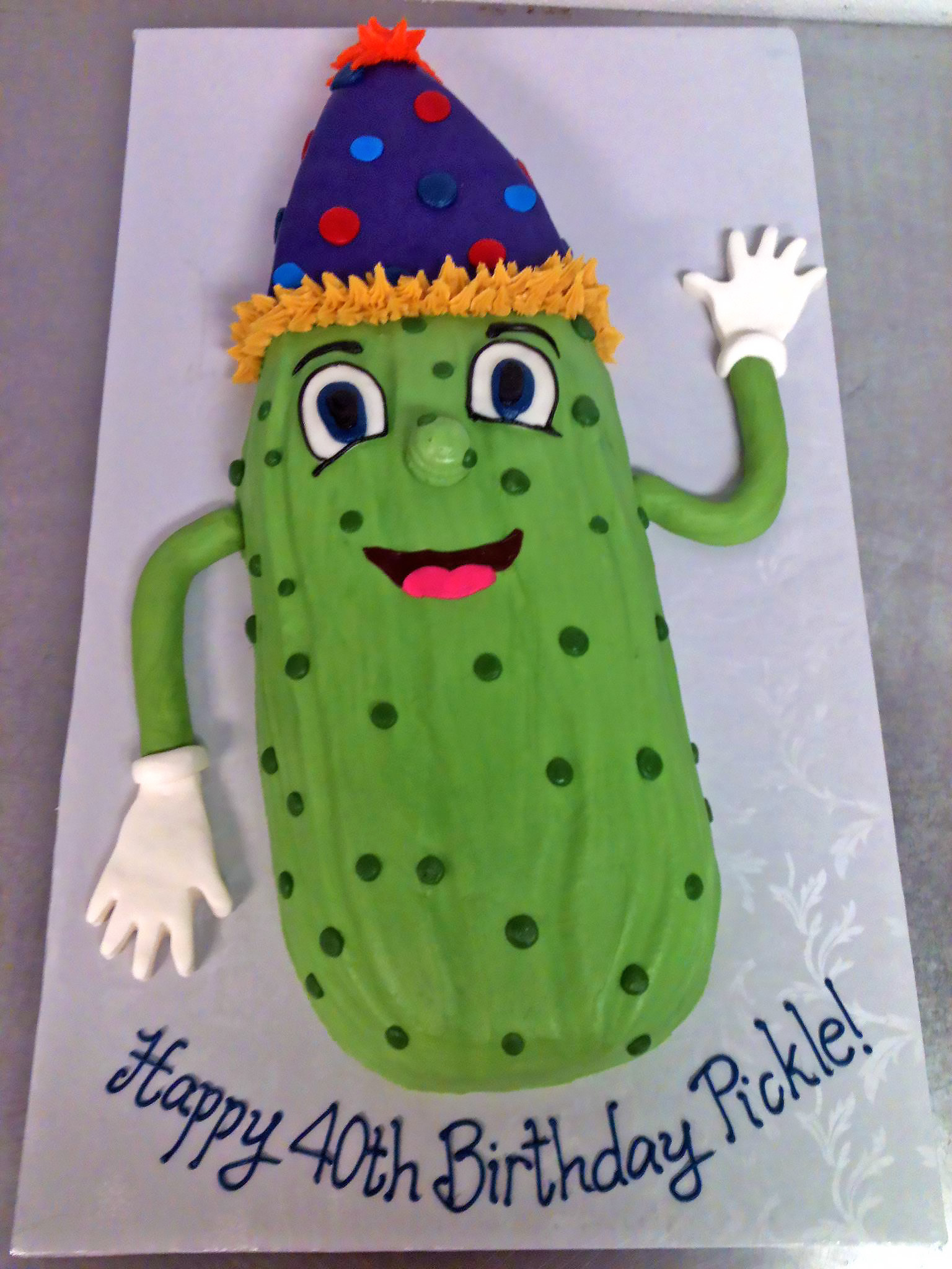 40th-birthday-adult-cake-character-pickle-881