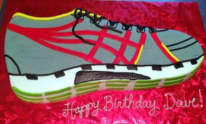 adult-birthday-cake-running-shoes-017