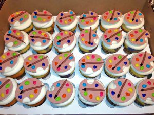 artist-birthday-cupcakes-966