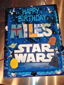 birthday-boys-c3po-cake-chewbacca-darth-vader-star-wars-1007