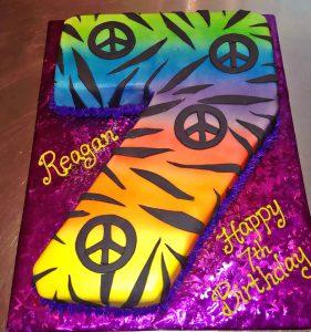 birthday-cake-girls-leopard-peace-1077