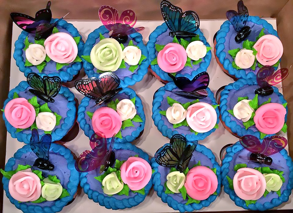butterfly-cupcakes-flowers-312