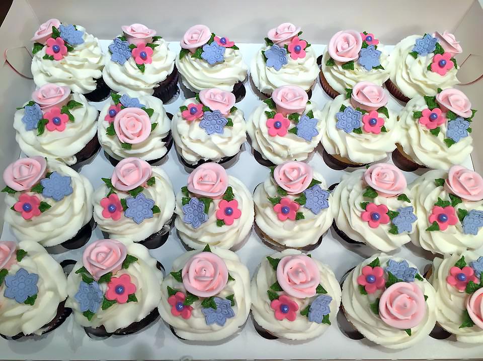 cupcakes-flowers-330