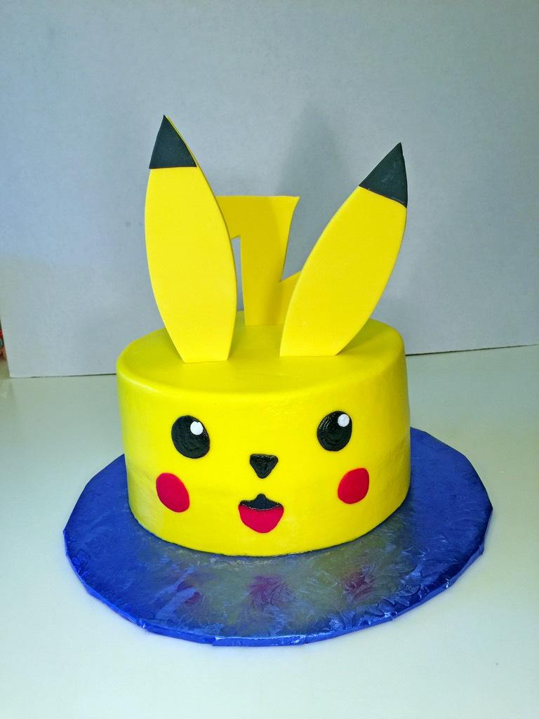 boys-birthday-pokemon-pikachu-cake-050