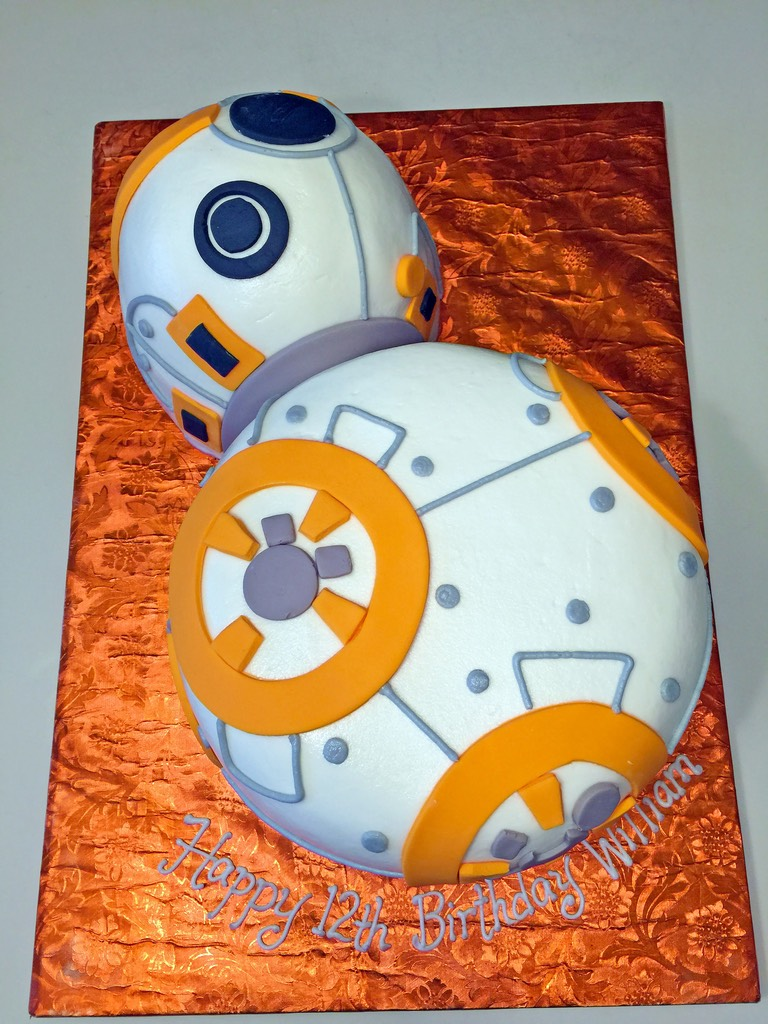 Awe Inspiring Boys Star Wars Birthday Cakes Hands On Design Cakes Personalised Birthday Cards Bromeletsinfo