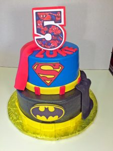 boys-birthday-superhero-superman-batman-cake-092