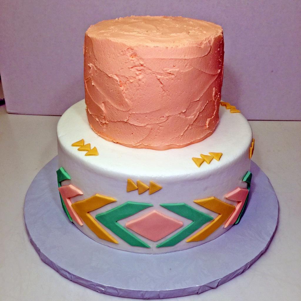 cake-2tier-aztec-girls-024