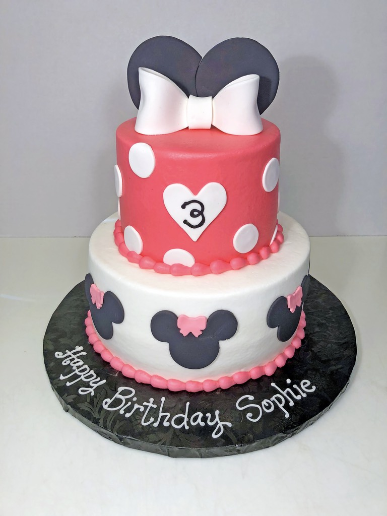 cake-girls-2tier-3rd-birthday-minnie-mouse-dots-bow-073