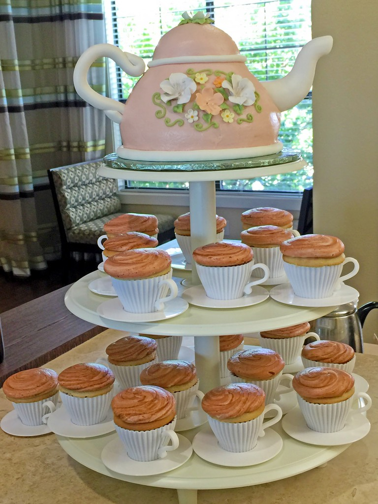 cupcakes-cake-teacups-party-078