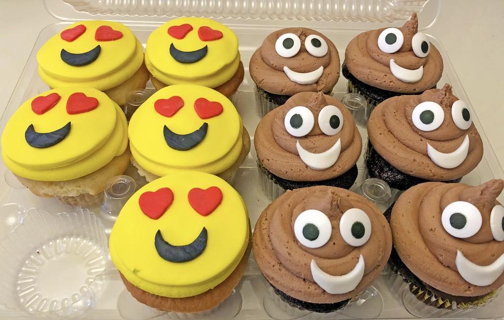 cupcakes-emoji-017
