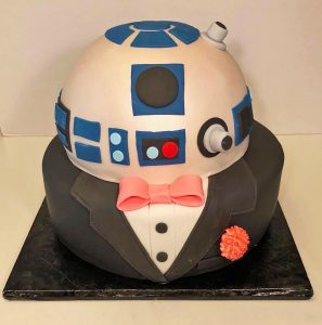 cake-wedding-2tier-groom-r2d2-tuxedo-00707-2-20